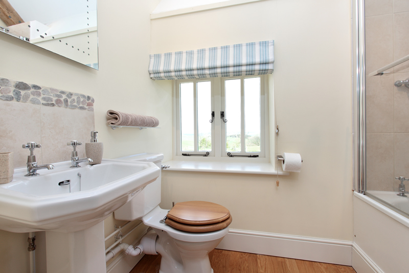 The Stables Family Bathroom