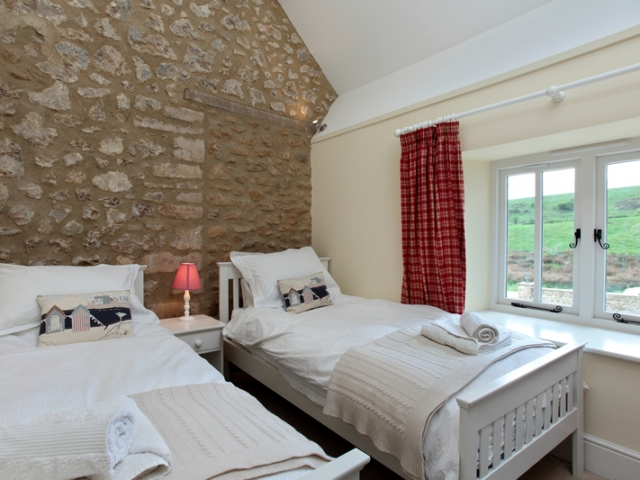The Stables Twin Bedroom