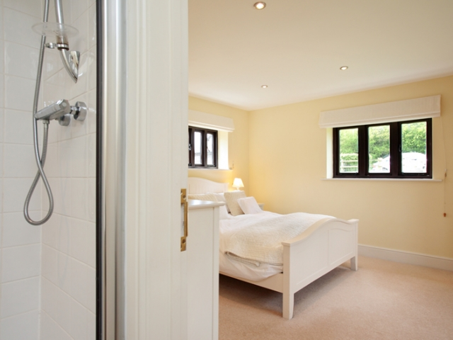 East View Barn Master Ensuite Bedroom