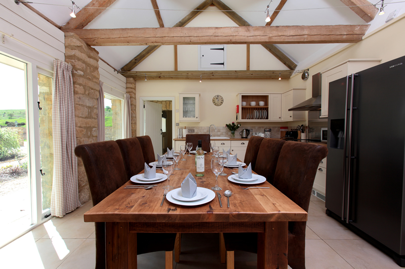 The Stables Dining Area and Kitchen